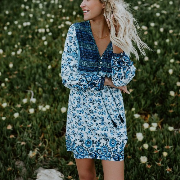 NWT Rain Dance Floral Dress size Small from VICI